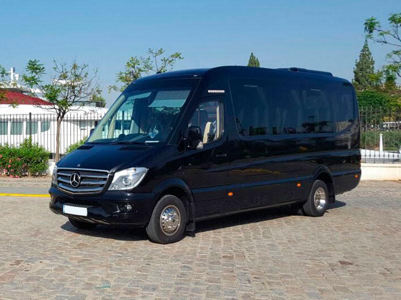 Minibuses De Alquiler Sevilla Cádiz Granada Ata Rent A Car