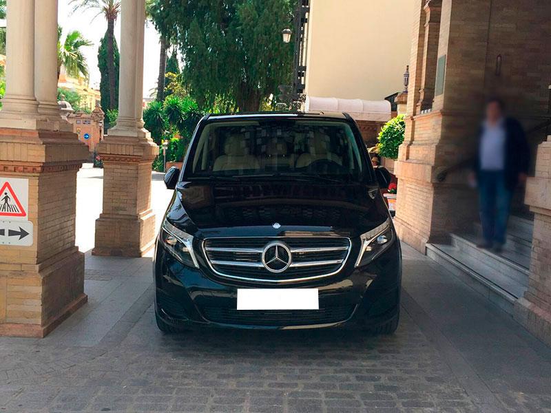 alquiler-minibus-clase-v